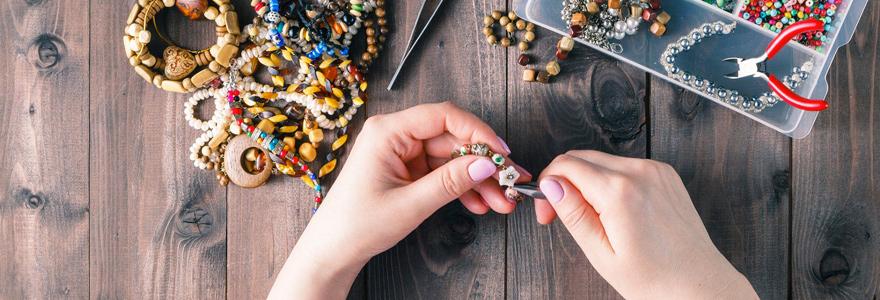 bijoux faits à la main